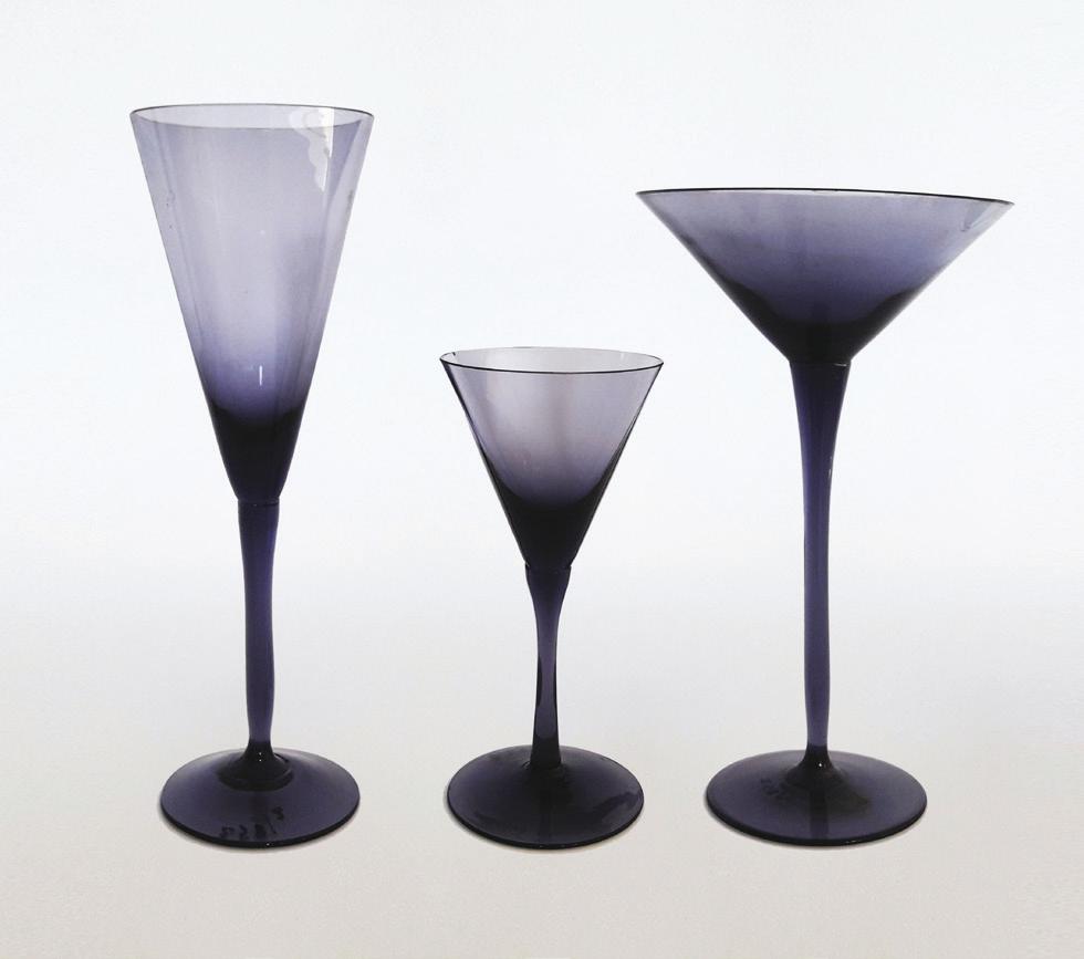 A set of three glasses, sodium glass, 1960s, height 15 x dia. 10.5 cm; height 15 x diam. 8 cm; height 11 x diam. 4.5 cm.